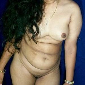 naked aunty xx hot