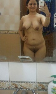 naked selfie sexy girl
