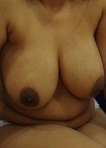 huge nude big boobs pic