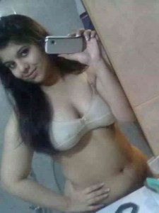 indian girl xxx naked selfie pic 2