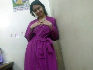 amateur desi newly married babe showing her body