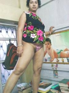 amateur desi wife naked image