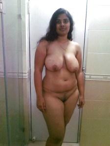 chubby housewife wife naked image
