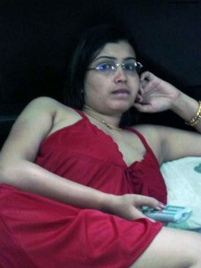 hot indian desi housewife wife naked pic