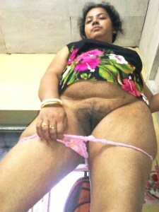 indian wife naked pussy