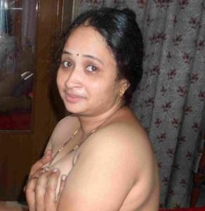 naked indian mom xxx image