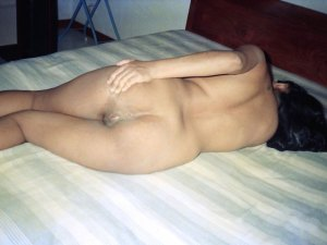 Full.nude desi ass photo