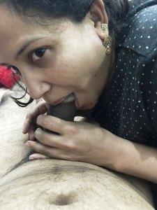 Desi indian sucking naked