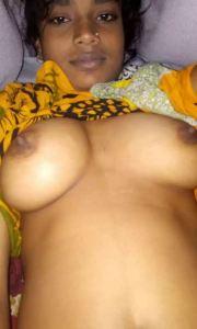 Indian desi round xx tits