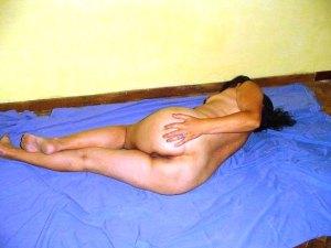 Indian slim babe ass