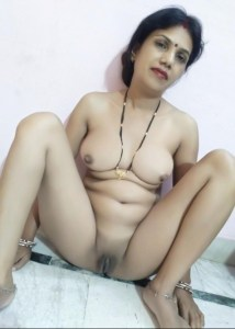 Bhabhi pussy boobs nude