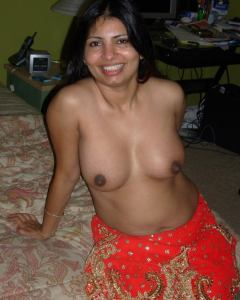 desi nude boobs photo