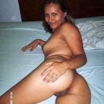 Curvaceous Indian Aunty Naked Leaked Pics