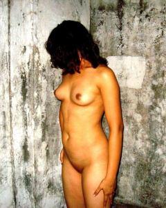 bhabhi desi naked boobs body pic