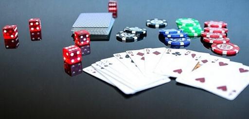 ブラック・ジャックのカードのアクション