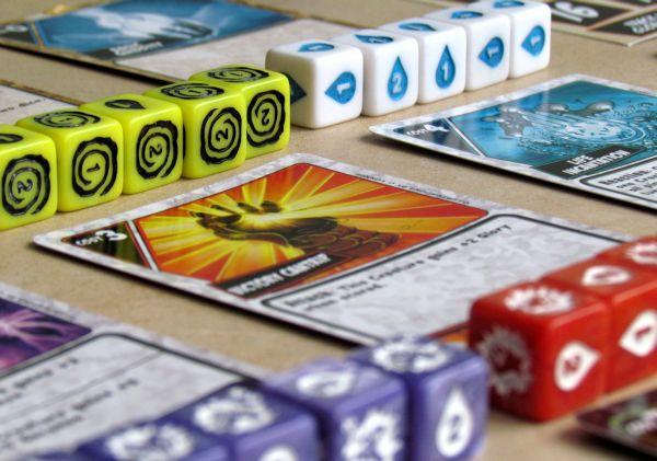 Quarriors - připravená hra