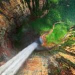 Hide Waterfall Animated Wallpaper