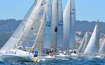 Cachete, Deep Blue 2.0, Balea Dous y Oliver II, primeros líderes de la 22ª Regata Cruceros de Aguete