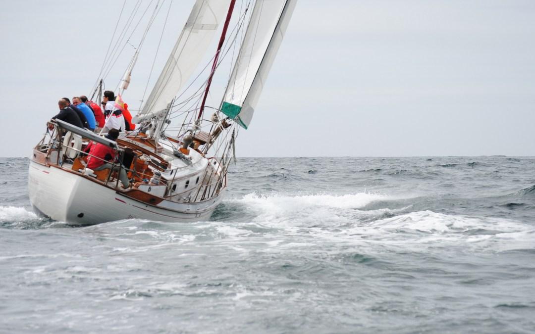 Griffon, Miña Miniña y Dorna Meca lideran la primera jornada de la Regata Illas Atlánticas de San Vicente