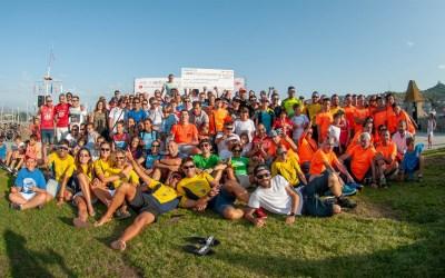 Nuevo éxito solidario  del Vertiatlón de Baiona