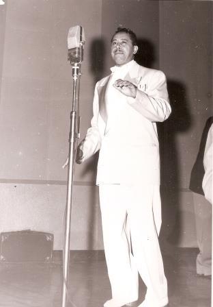 CC en CMQ Radio - 1951 BR
