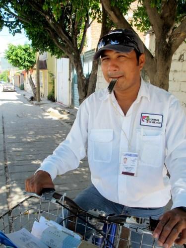 Édgar Andrey Mazariegos Salazar, profesión Cartero / Foto: Galatea Xalli