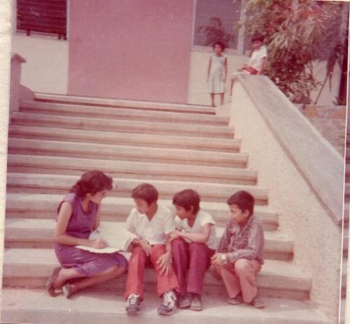 Maestra Herlinda Castr hace 30 años / Cortesía: Herlinda Castro