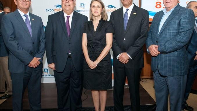 William Read, Enrique Fernández, Clara Reid, Simón Lizardo y Francisco Rodríguez.
