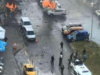 Turquía ha reforzado la seguridad en zonas críticas, como ciudades, zonas fronterizas y aeropuertos.