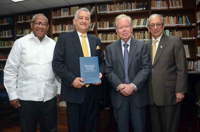HERNÁNDEZ PEGUERO PONE EN CIRCULACIÓN NUEVO LIBRO DE JURISPRUDENCIA ELECTORAL