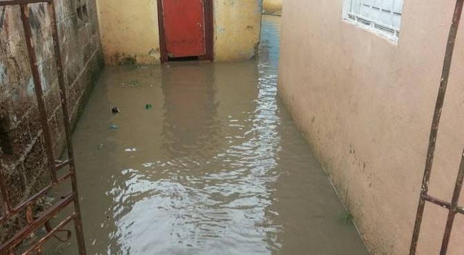 Rio Higuamo inunda viviendas de San Pedro de Macorís