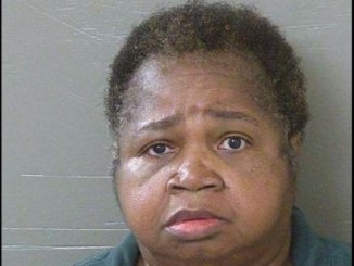 Veronica Green Posey de 64 años fue arrestada y acusada de homicidio.