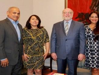 Alexis Beltré, Emelyn Baldera, el ministro Pedro Vergés y Wanda Sánchez.