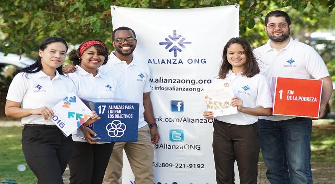 Sirve Quisqueya realiza Feria Voluntariado Juvenil