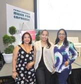 Gertrudis Valdez, Rosanny Arias y Evelyn Pelaez.