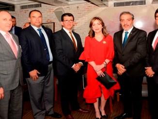 José Manuel Infante, Miguel Raúl González, Antonio Heredia, Rubén Cordero, María Waleska Álvarez, Marcelo Rivas y Sergio Solari.