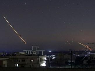 Misiles israelíes sobre Damasco, capital de Siria.