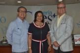 Dario Vasquez, Marcia Amparo de Vasquez y Felix Vasquez.