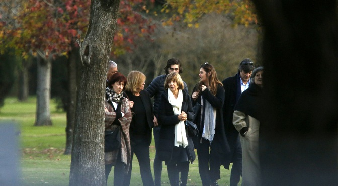 Reina Máxima de holanda asiste a funeral de su hermana en argentina