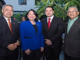 Orión Mejía, Rosa Rita Álvarez, Alan Hatkoff y Osiris Mota.
