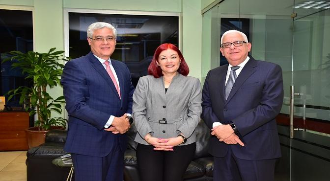 CONFISA celebra taller sobre manejo de deudas para sus clientes