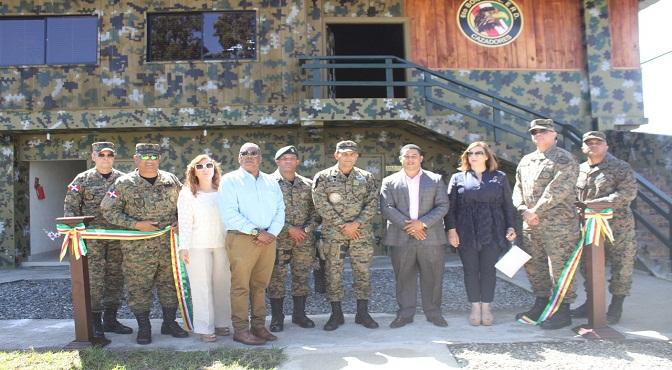 Inauguran gimnasio y remozan club del 6to. batallón de cazadores del ejército, en constanza