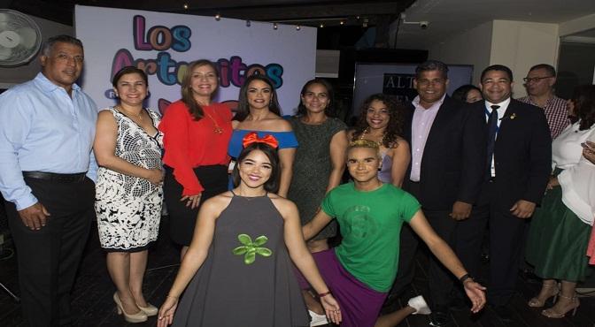 Lanzamiento segunda edición revista Los Arturitos