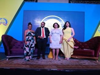 La vicepresidenta Margarita Cedeño participa en un conversatorio con los presentadores del programa Tiempo Solidario Vanessa Padilla, Cristopher Calderón y Mariela Duarte.