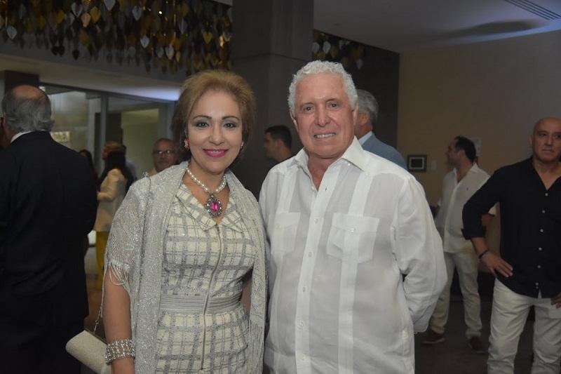 Foto 7 Rosa María Nadal y Ricardo Tizón.
