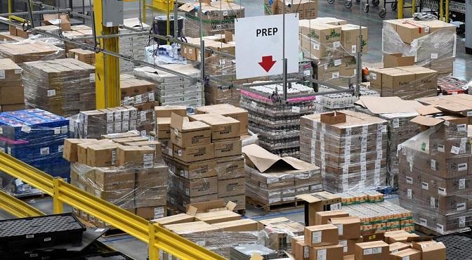 Una imagen del área de preparación de productos del centro de distribución de Amazon en Baltimore, Maryland, EEUU