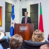 El cónsul honorario de Portugal en RD, Paulo Alves, durante su participación en la apertura Muestra Cultural Portugal y República Dominicana.