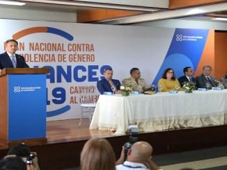 El magistrado Jean Rodríguez durante su intervención en el acto donde presentó las acciones que han llevado a cabo en el marco de la implementación del Plan Nacional Contra la Violencia de Género.