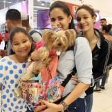 Lorena Duran, Leanny Reyes, Dafne Oliverio, ( Perro - Kira)