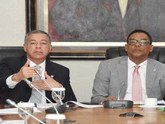 Donald Guerrero Ortiz y Ramón Cabrera.